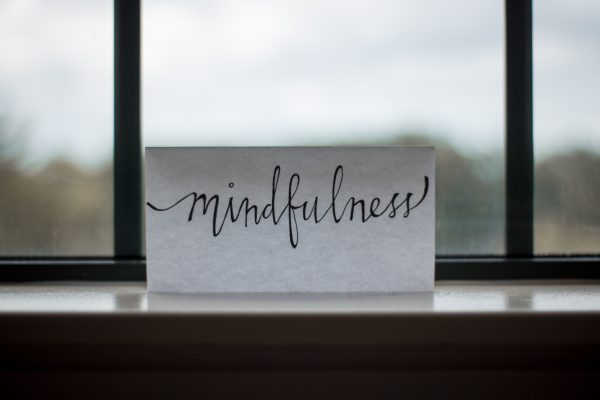 Hand-written note saying mindfulness
